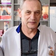 Dr. Edgar Schachter
